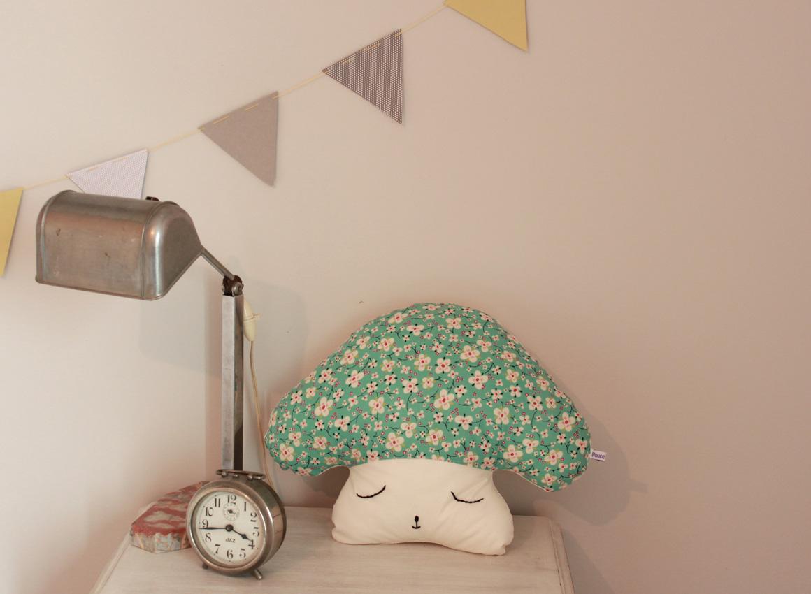 pin tags lit enfant on pinterest. Black Bedroom Furniture Sets. Home Design Ideas